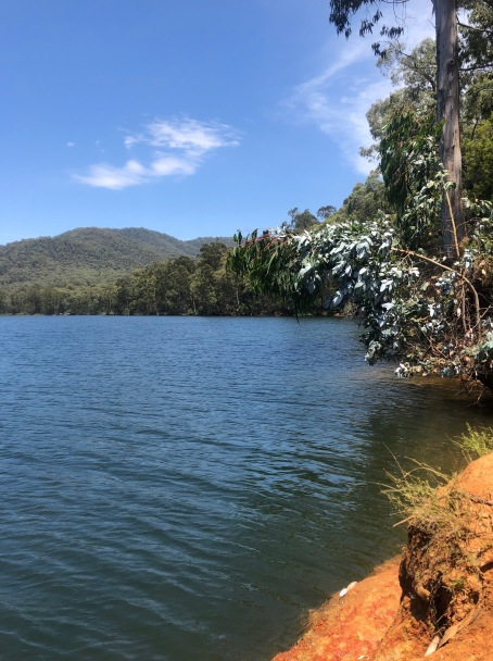 Lake William Hovell 2